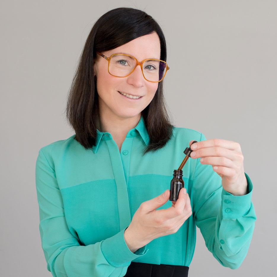 Dr. Julia Mader