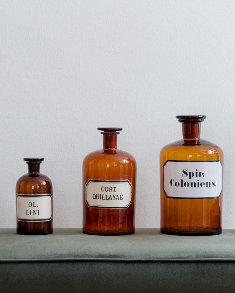 Stilleben - Apothekenflaschen